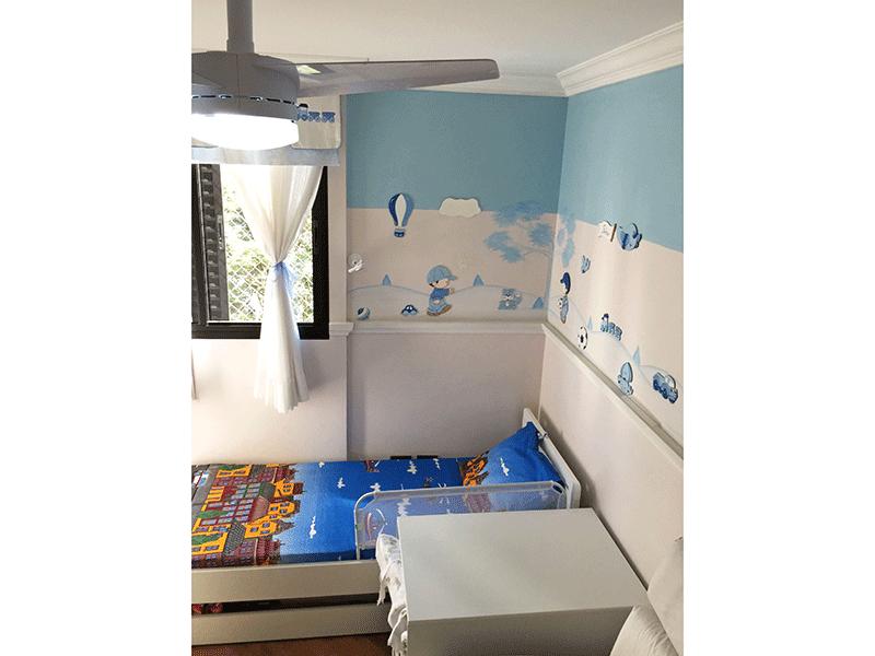 Jabaquara, Apartamento Padrão-2º dormitório com piso de madeira, teto com moldura de gesso e ventilador de teto.