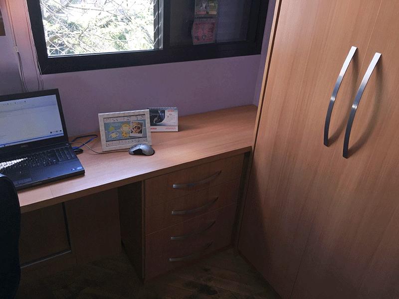 Jabaquara, Apartamento Padrão-3º dormitório transformado em escritório com piso de madeira e armários planejados.