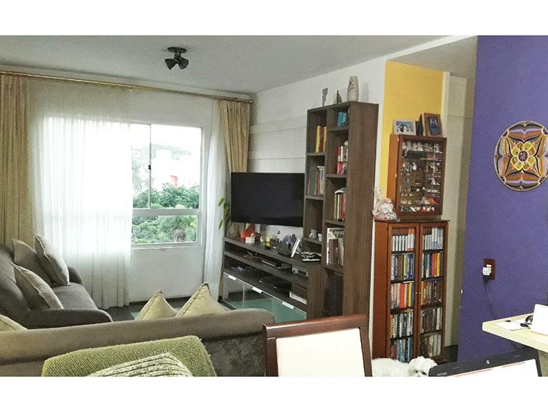 Sacomã, Apartamento Padrão - Sala retangular com piso de ardósia.