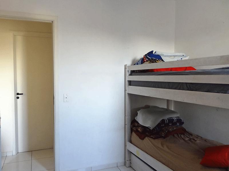 Sacomã, Apartamento Padrão-2º dormitório com piso de cerâmica e armários embutidos.