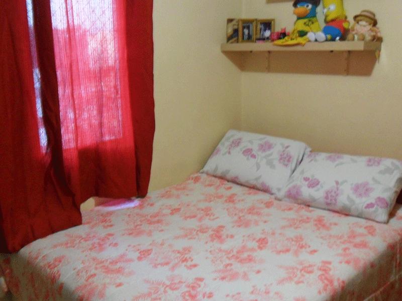 Sacomã, Apartamento Padrão-1º dormitório com piso de porcelanato, armários e tela de proteção.