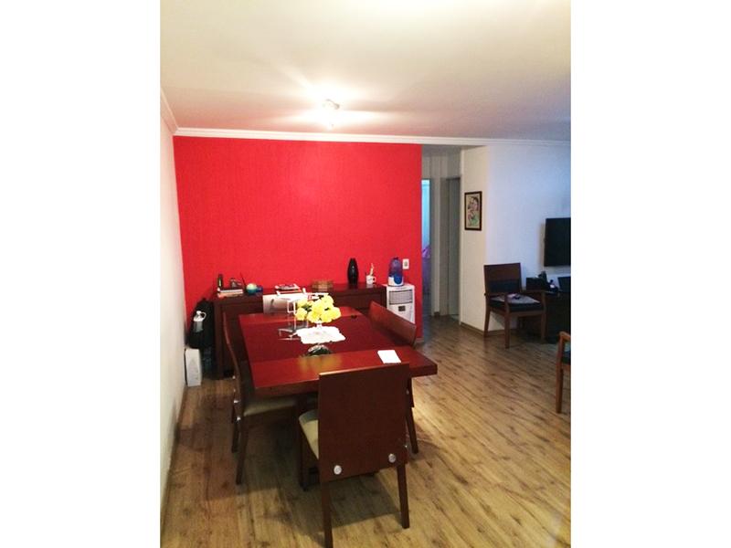 Sacomã, Apartamento Padrão-Sala com piso laminado e teto com moldura de gesso.