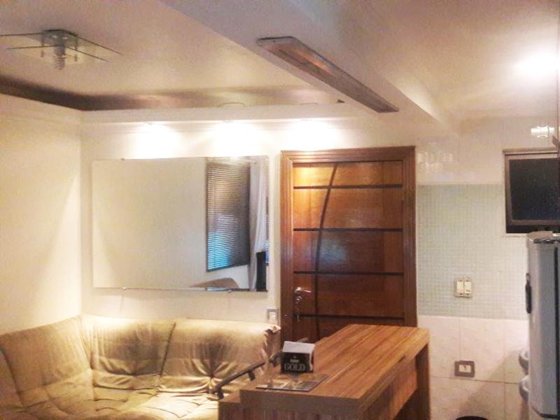 Sacomã, Apartamento Padrão - Sala com piso laminado, teto com sanca de gesso e iluminação embutida.