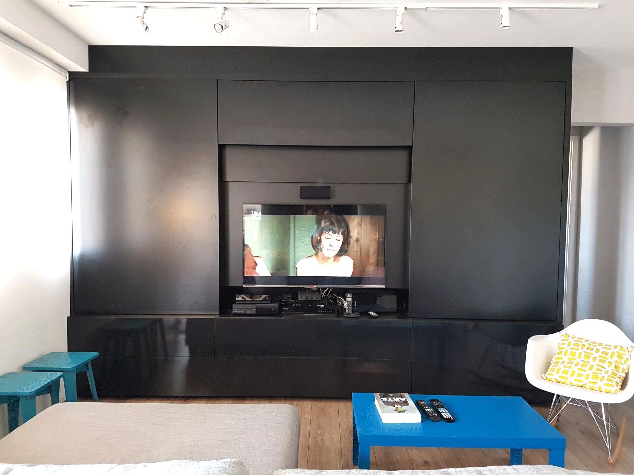Sacomã, Apartamento Padrão-Sala em L ampliada, integrada com a cozinha, piso de madeira e acesso à sacada (2º dormitório transformado em sala ampliada).