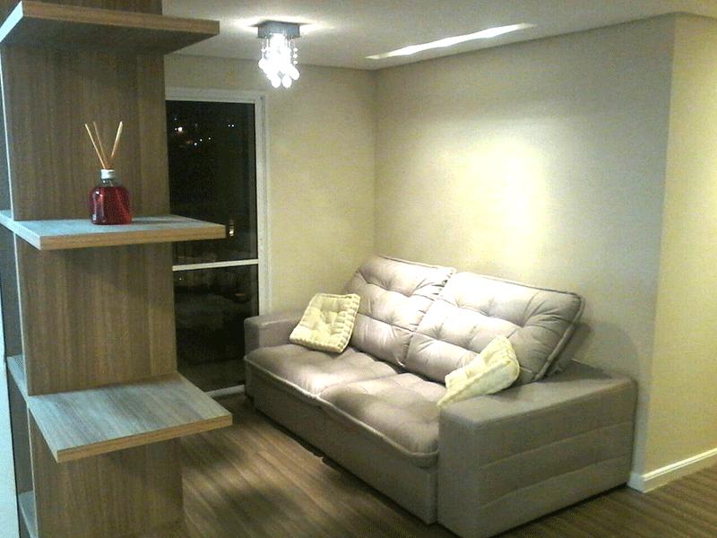 Ipiranga, Apartamento Padrão - Sala com dois ambientes, piso laminado, teto rebaixado iluminação embutida e acesso à varanda gourmet.