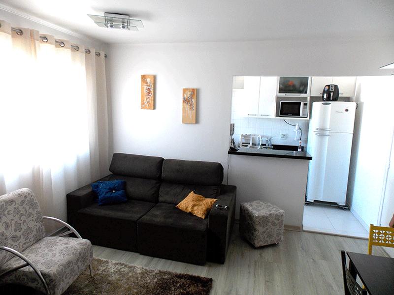 Sacomã, Apartamento Padrão-Sala em L com piso laminado.
