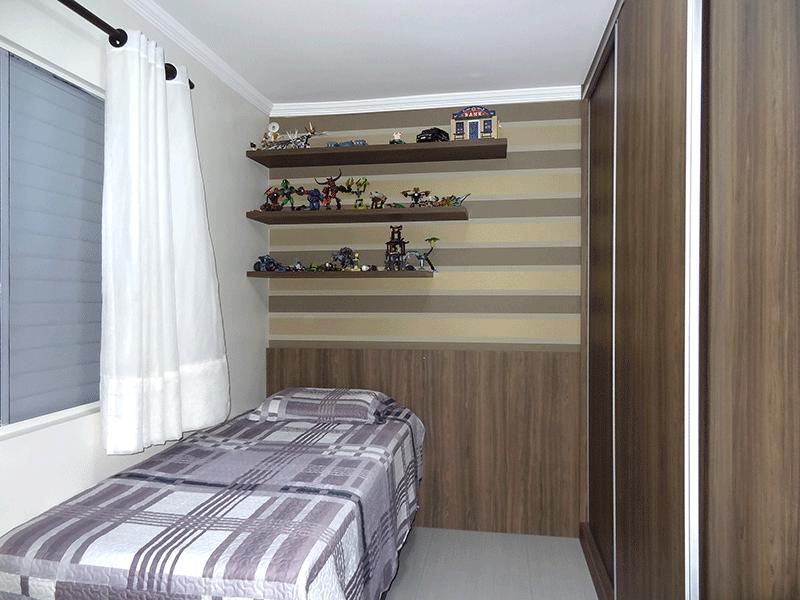 Sacomã, Apartamento Padrão-2º dormitório com piso com piso laminado, armários planejados e teto com moldura de gesso.