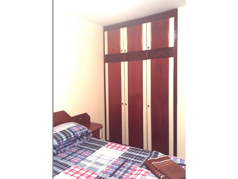Sacomã, Apartamento Padrão-1º dormitório com piso de cerâmica e armários embutidos.