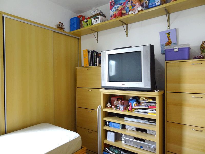 Jabaquara, Apartamento Padrão-2º dormitório com piso de cerâmica e armários planejados.