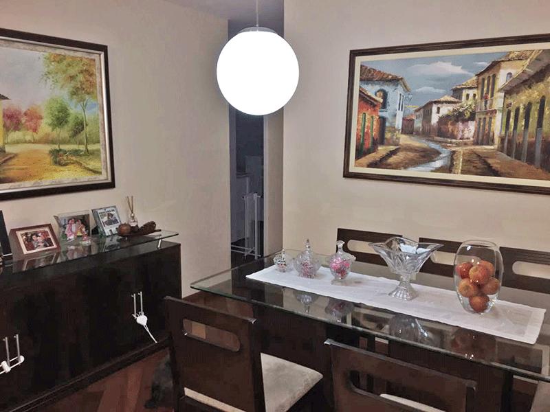 Jabaquara, Apartamento Padrão-Sala com dois ambientes, piso de tacão e acesso à varanda.