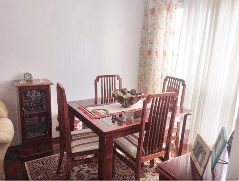 Jabaquara, Apartamento Padrão-Sala com dois ambientes e piso de tábua.