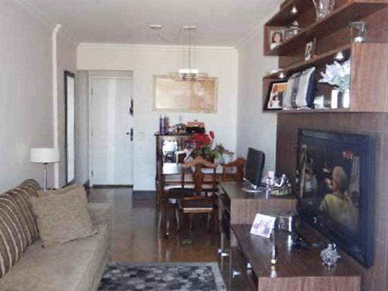 Sacomã, Apartamento Padrão-Sala com dois ambientes, piso laminado, teto com moldura de gesso e acesso à varanda.
