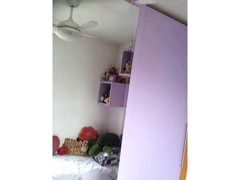 Ipiranga, Apartamento Padrão-3º dormitório com piso laminado e armários planejados.