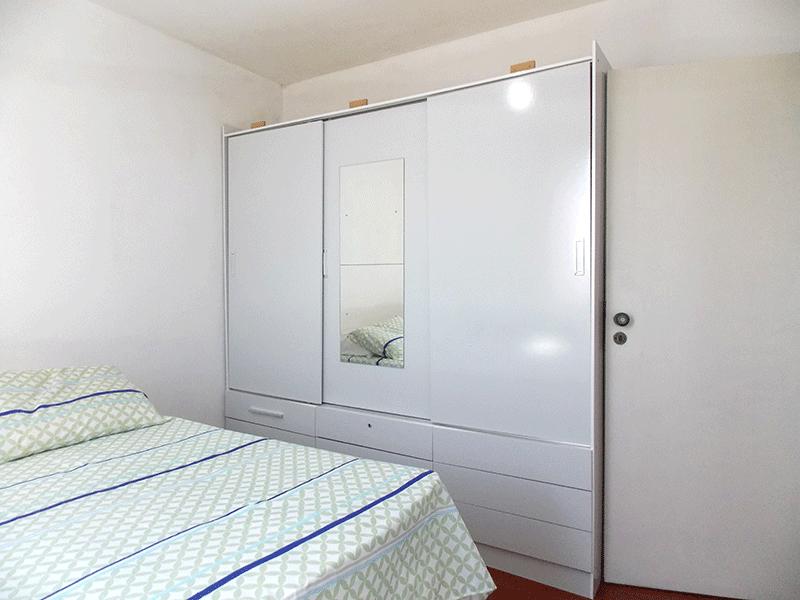 Jabaquara, Apartamento Padrão-1º dormitório com piso carpete de madeira.