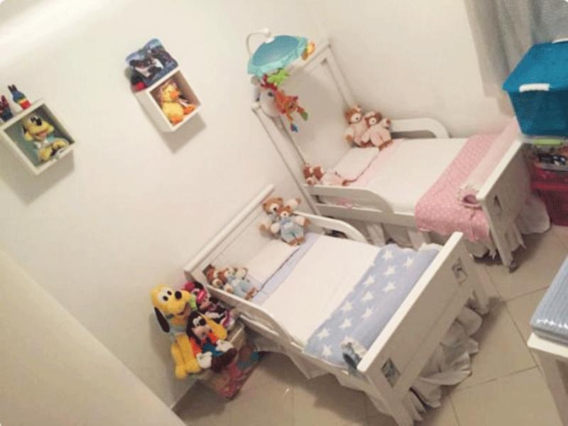 Sacomã, Apartamento Padrão-2º dormitório com piso de porcelanato e teto com moldura de gesso.