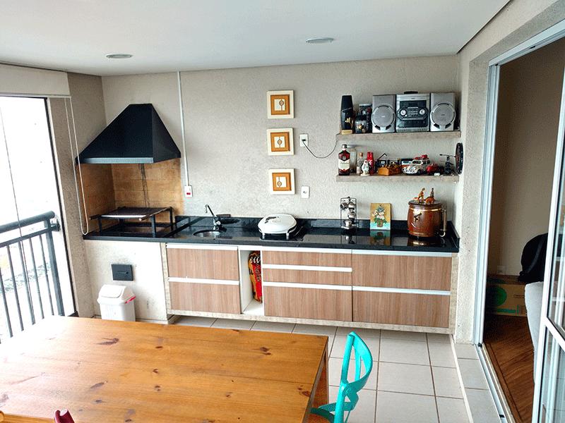 Ipiranga, Apartamento Padrão-Varanda gourmet envidraçada, piso de cerâmica, pia de granito, gabinete, churrasqueira teto rebaixado, iluminação embutida e tela de proteção.