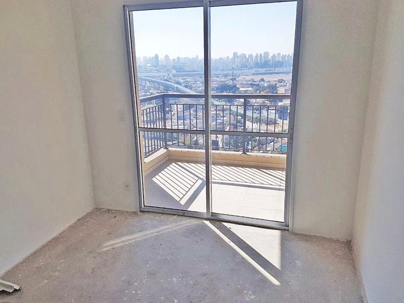 Ipiranga, Apartamento Padrão - Sala com dois ambientes no contra piso e acesso à sacada.