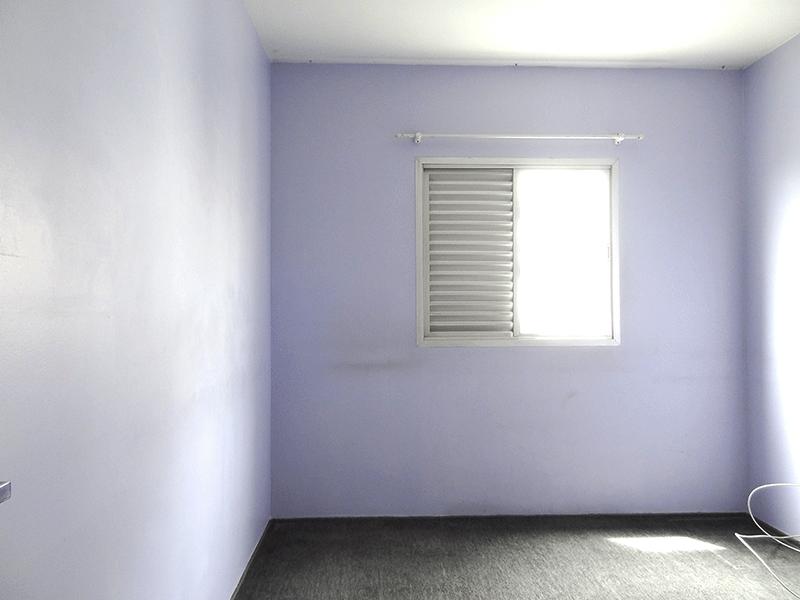 Sacomã, Apartamento Padrão-2º dormitório com piso de carpete nylon e armários planejados.