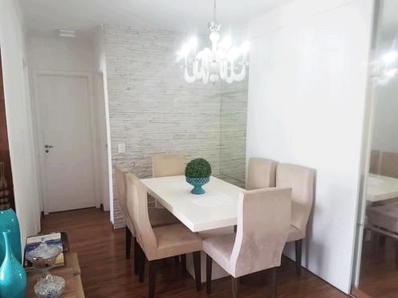 Ipiranga, Apartamento Padrão-Sala com dois ambientes, piso laminado, teto com moldura de gesso e aceso à sacada.