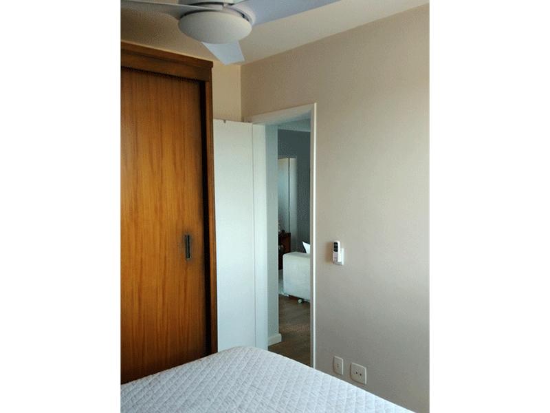 Jabaquara, Apartamento Padrão-1º dormitório com piso laminado e ventilador de teto.