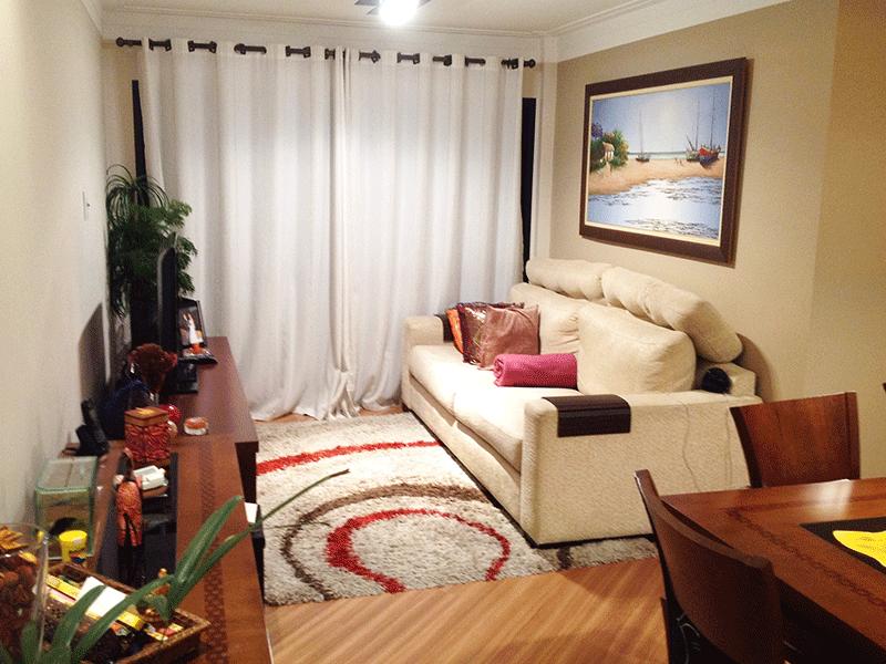 Ipiranga, Apartamento Padrão-Sala com dois ambientes, piso laminado, teto com moldura de gesso e acesso à varanda.