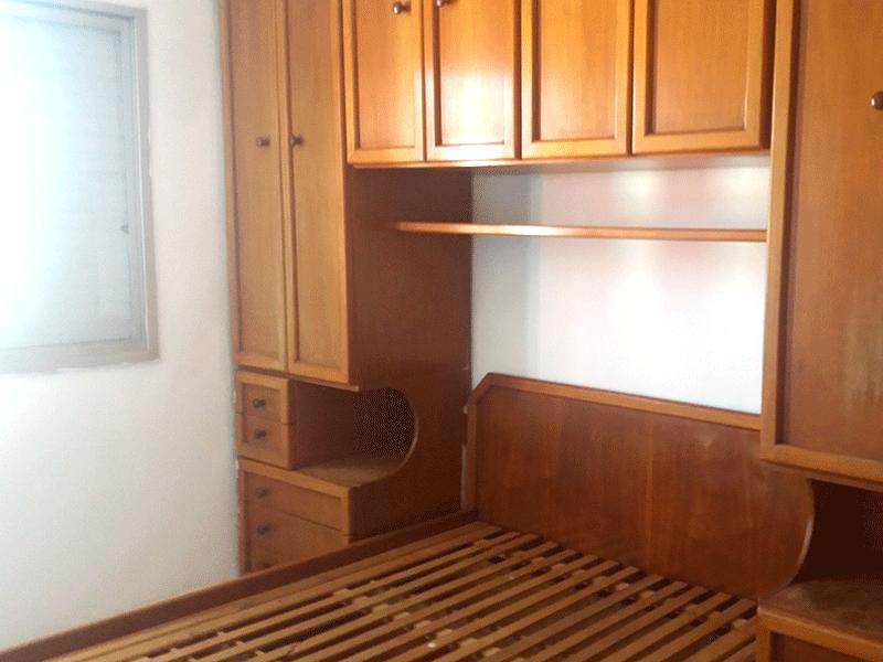 Jabaquara, Apartamento Padrão-1º dormitório com piso de cerâmica e armários planejados.