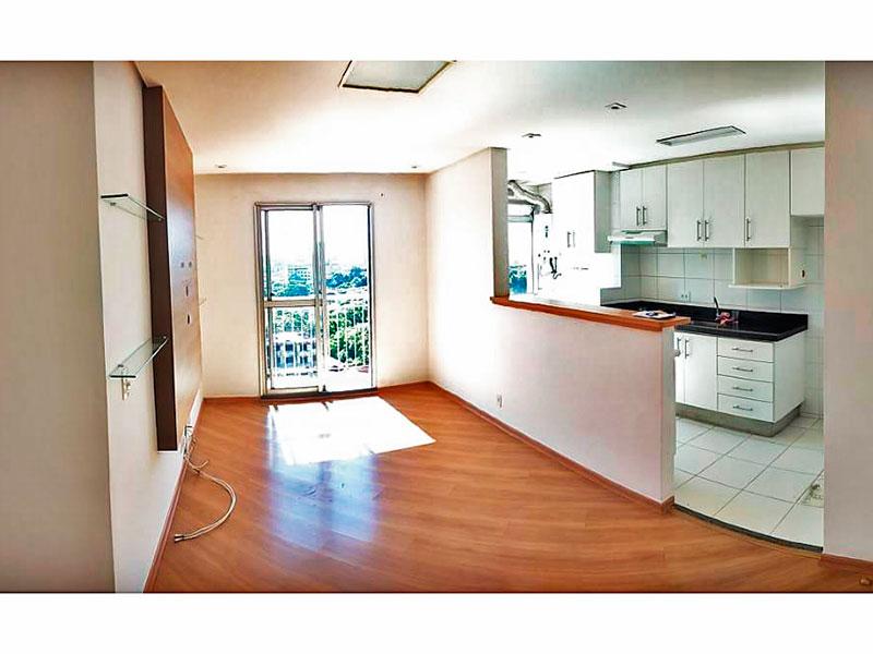 Sacomã, Apartamento Padrão - Sala com piso de laminado, teto com sanca, iluminação embutida e acesso à varanda.