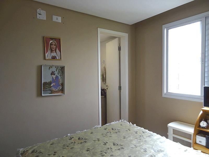 Ipiranga, Apartamento Padrão-Suíte com piso laminado e teto rebaixado.