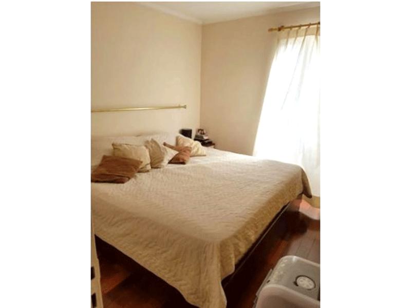 Sacomã, Apartamento Padrão-1ºdormitório com piso de madeira.