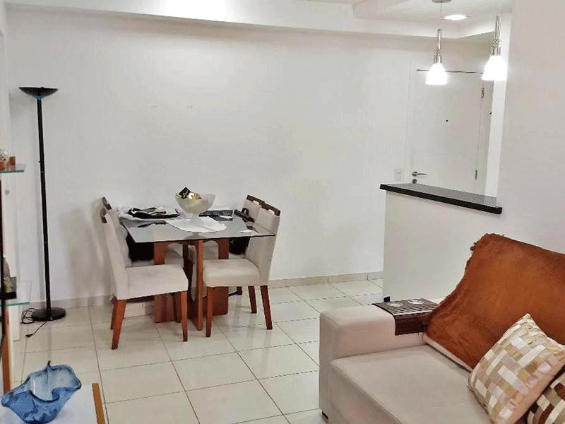 Jabaquara, Apartamento Garden-Sala com dois ambientes, piso de cerâmica e acesso a varanda gourmet.