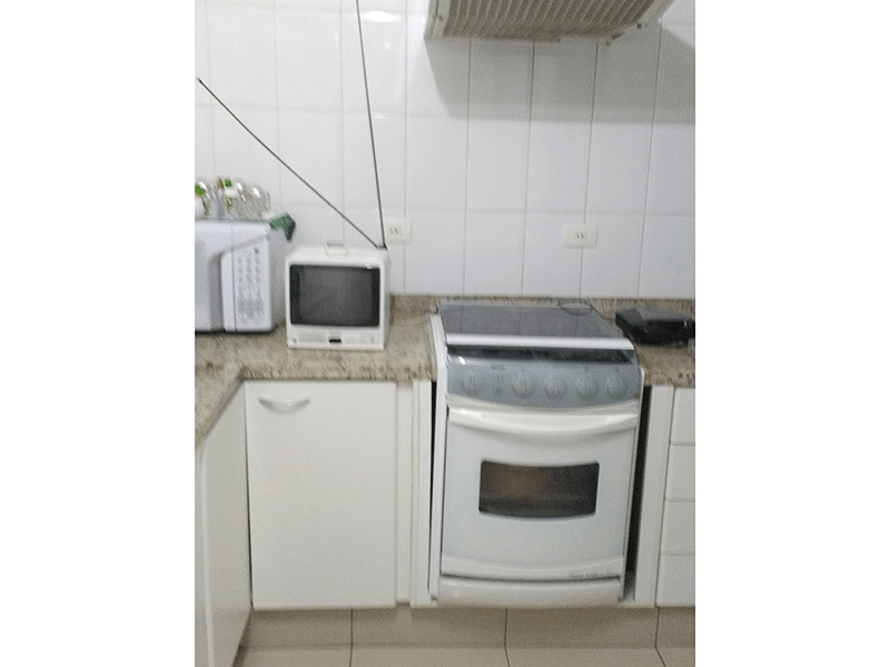 Jabaquara, Apartamento Padrão-Cozinha com piso de cerâmica, teto com moldura de gesso, pia de granito e gabinete.