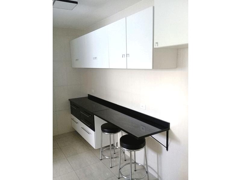 Ipiranga, Apartamento Padrão-Cozinha com piso de cerâmica.