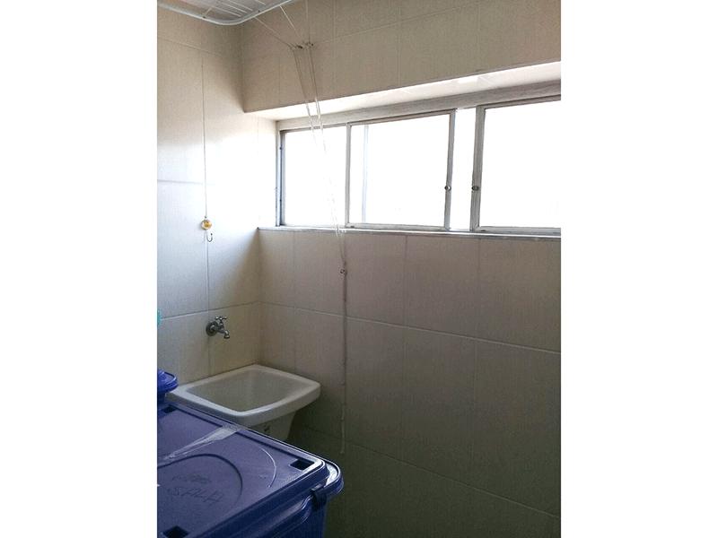 Ipiranga, Apartamento Padrão-Área de serviço com piso de cerâmica.