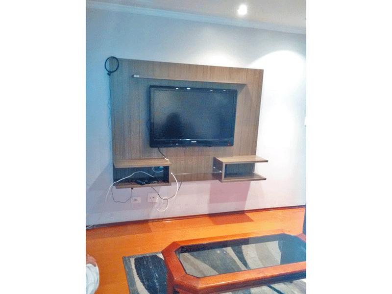 Sacomã, Apartamento Padrão-Sala com dois ambientes, piso laminado, teto com moldura de gesso e iluminação embutida.