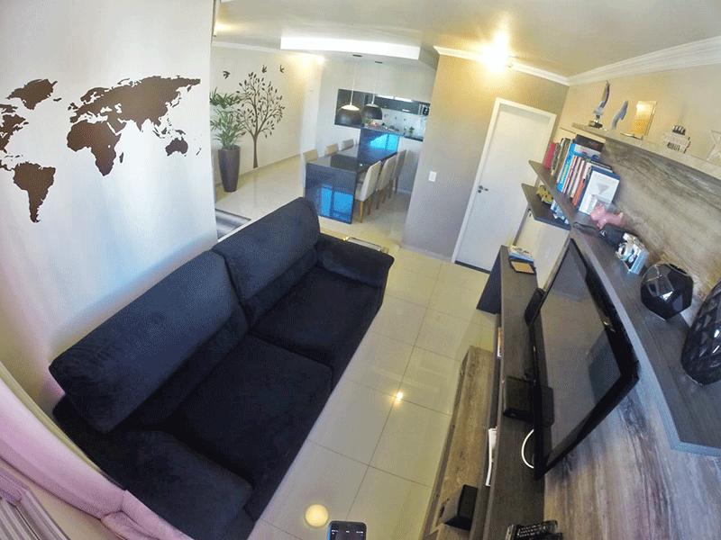 Sacomã, Apartamento Padrão-Sala ampliada (com o 3º quarto), com piso de porcelanato, teto com moldura de gesso e acesso a varanda.