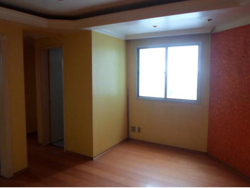 Sacomã, Apartamento Padrão-Sala ampliada com dois ambientes, piso laminado, teto sanca com moldura de gesso e iluminação embutida (3º dormitório transformado em sala ampliada).
