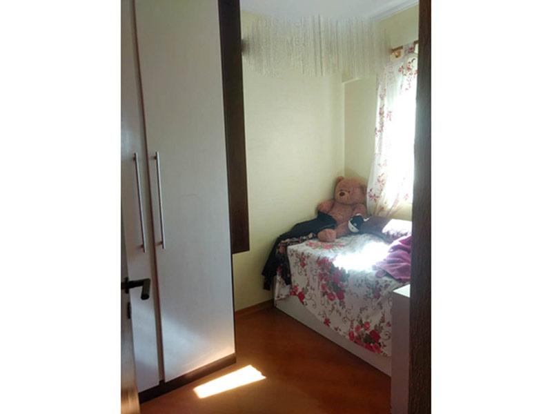 Ipiranga, Apartamento Padrão-Dep. de empregada com piso laminado e armários planejados.