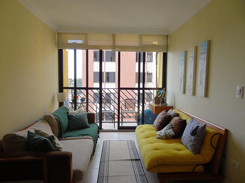 Jabaquara, Apartamento Padrão-Sala com dois ambientes, piso de cerâmica, teto com moldura de gesso.