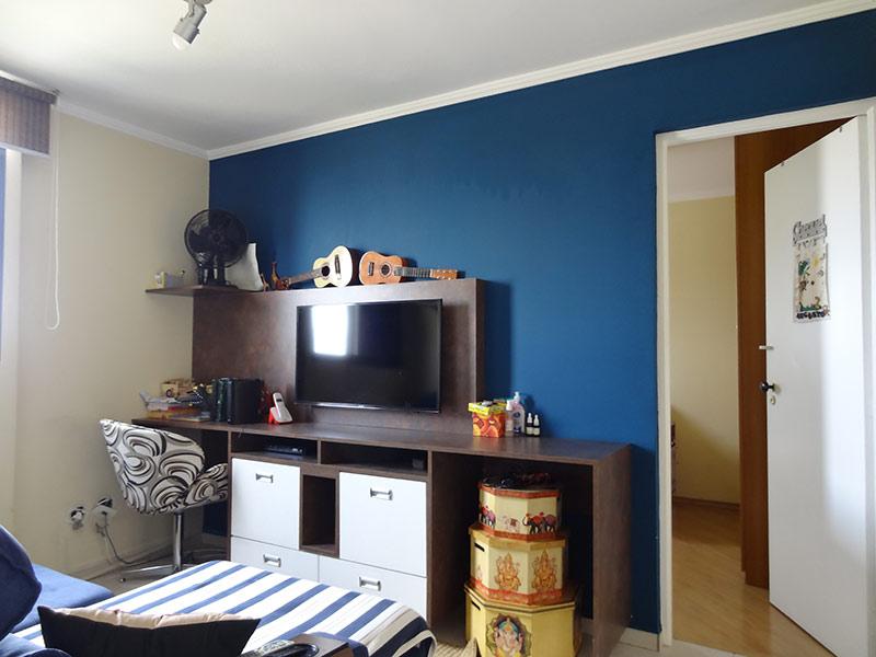 Jabaquara, Apartamento Padrão-Sala de tv com piso de cerâmica e teto com moldura de gesso (2º dormitório transformado em sala de tv).