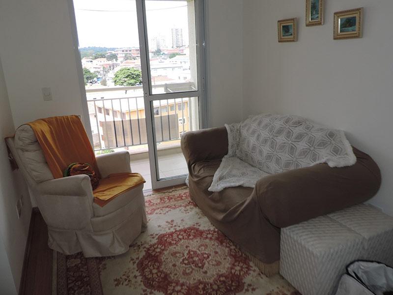 Jabaquara, Apartamento Padrão-Sala com dois ambientes e piso laminado.