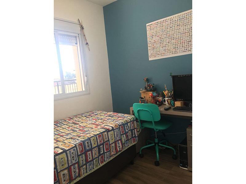 Ipiranga, Apartamento Padrão-Dormitório com piso laminado.