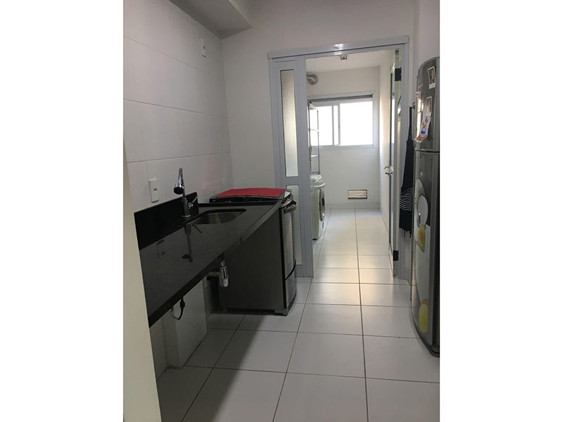 Ipiranga, Apartamento Padrão-Cozinha com piso de cerâmica e pia de granito.