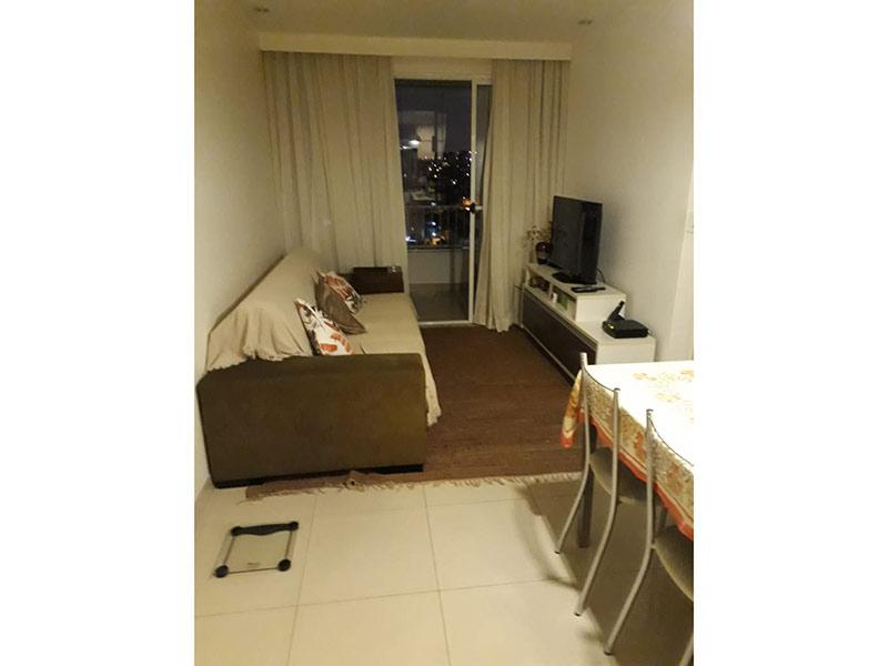 Sacomã, Apartamento Padrão - Sala com dois ambientes, piso de cerâmica, teto com moldura de gesso e iluminação embutida.