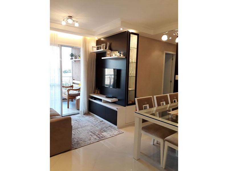Sacomã, Apartamento Padrão - Sala com dois ambientes, piso de porcelanato, teto com moldura de gesso e iluminação embutida.