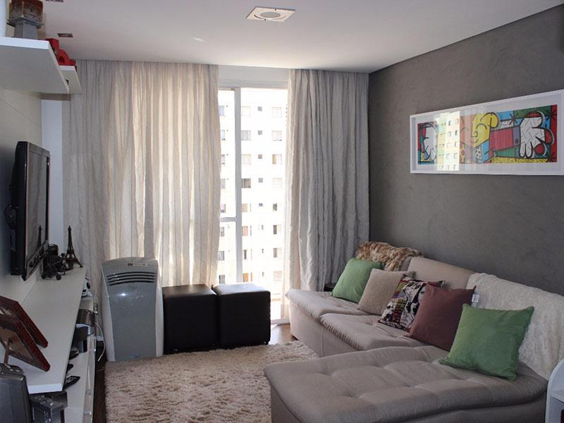 Jabaquara, Apartamento Padrão-Sala com dois ambientes, piso laminado e teto rebaixado.