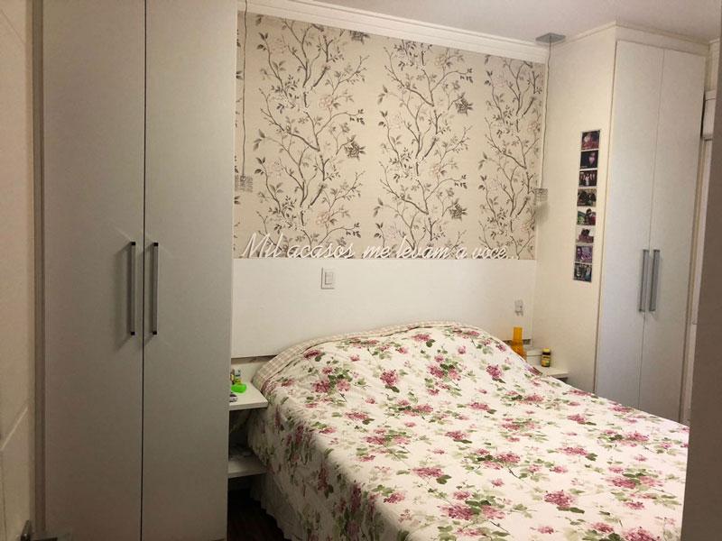 Sacomã, Apartamento Padrão-Dormitório com piso taquinho de madeira e armários planejados.