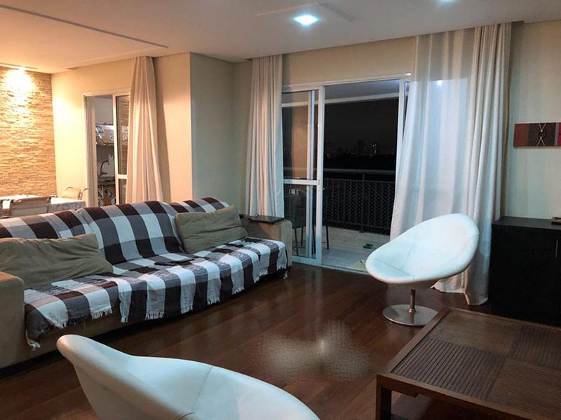 Ipiranga, Apartamento Padrão - Sala ampliada com piso taco de madeira e teto rebaixado (4º dormitório transformado em sala ampliada).