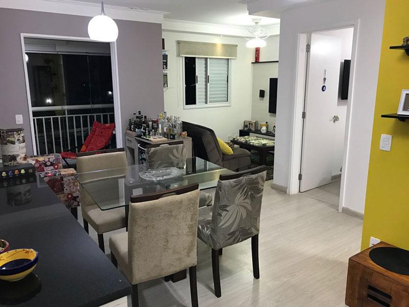 Sacomã, Apartamento Padrão-Sala ampliada com piso laminado e teto com moldura de gesso (3º dormitório transformado sala ampliada).