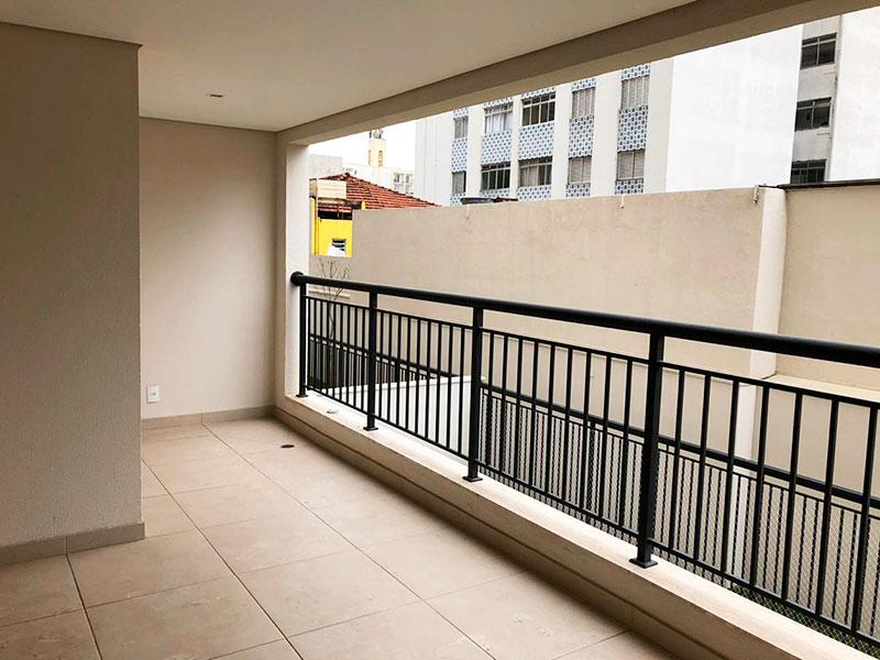 Ipiranga, Apartamento Padrão-Varanda com piso de cerâmica, teto rebaixado e iluminação embutida.