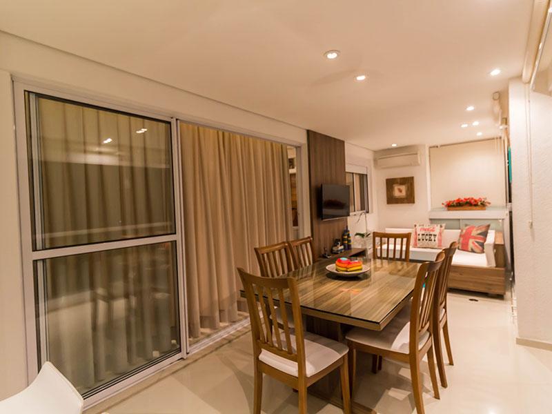 Ipiranga, Apartamento Padrão-Sala com piso de porcelanato, teto com sanca de gesso, iluminação embutida e moveis planejados (sala ampliada com o 4º dormitório).